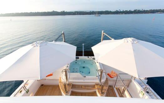 Motor Yacht MARINA WONDER Sun Deck Jacuzzi