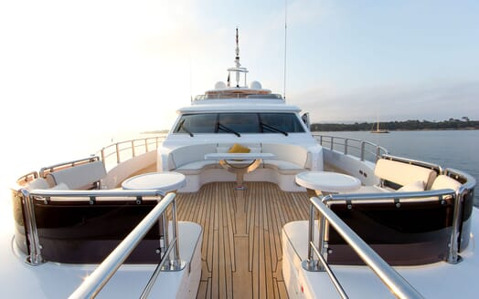 Motor Yacht MARINA WONDER Bow Seating