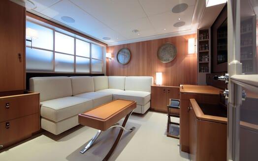Sailing Yacht MIRASOL Shadow Boat Anvera-55 Profile