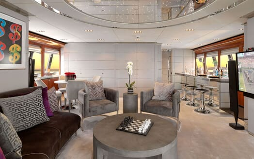 Motor Yacht BLISS Saloon and Bar