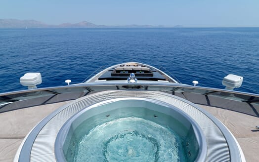 Motor Yacht BLISS Jacuzzi View