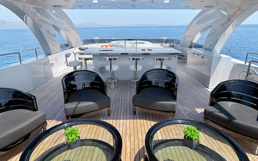 Motor Yacht BLISS Sun Deck Seating 2