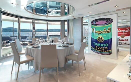 Motor Yacht BLISS Dining Table