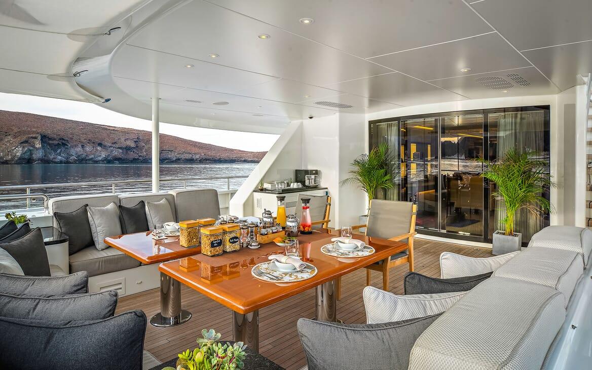 Motor Yacht ODYSSEA Aft Deck Breakfast Setup