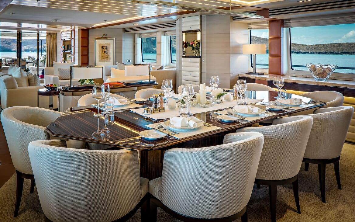 Motor Yacht ODYSSEA Main Deck Dining Table