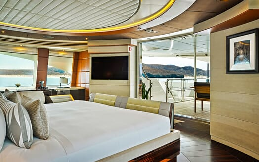 Motor Yacht ODYSSEA Master Stateroom