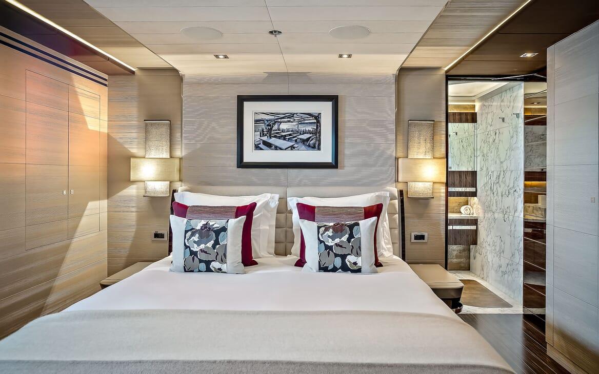 Motor Yacht ODYSSEA VIP Double Stateroom