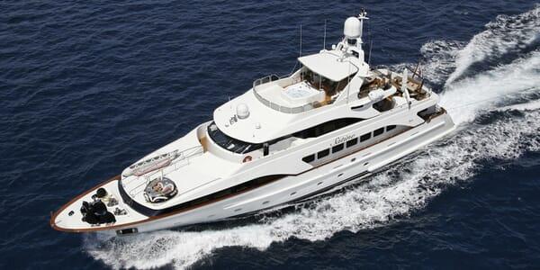 Motor Yacht Satine ruinnng shot