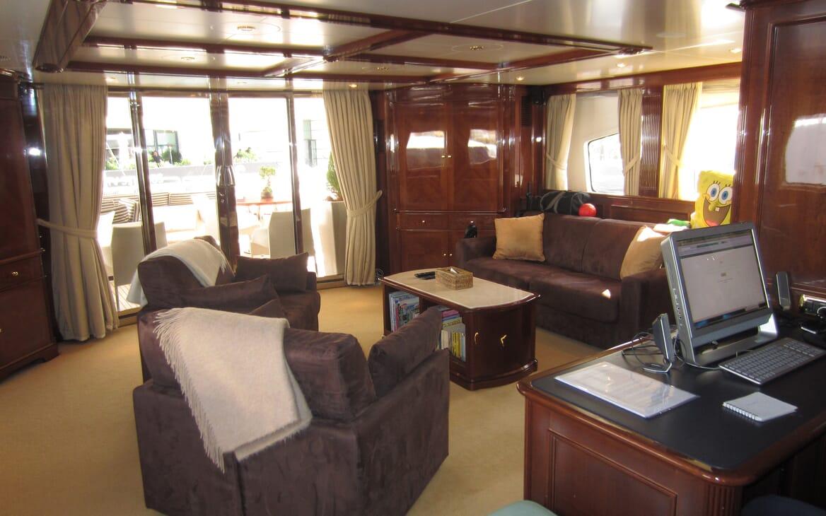 Motor Yacht Satine study