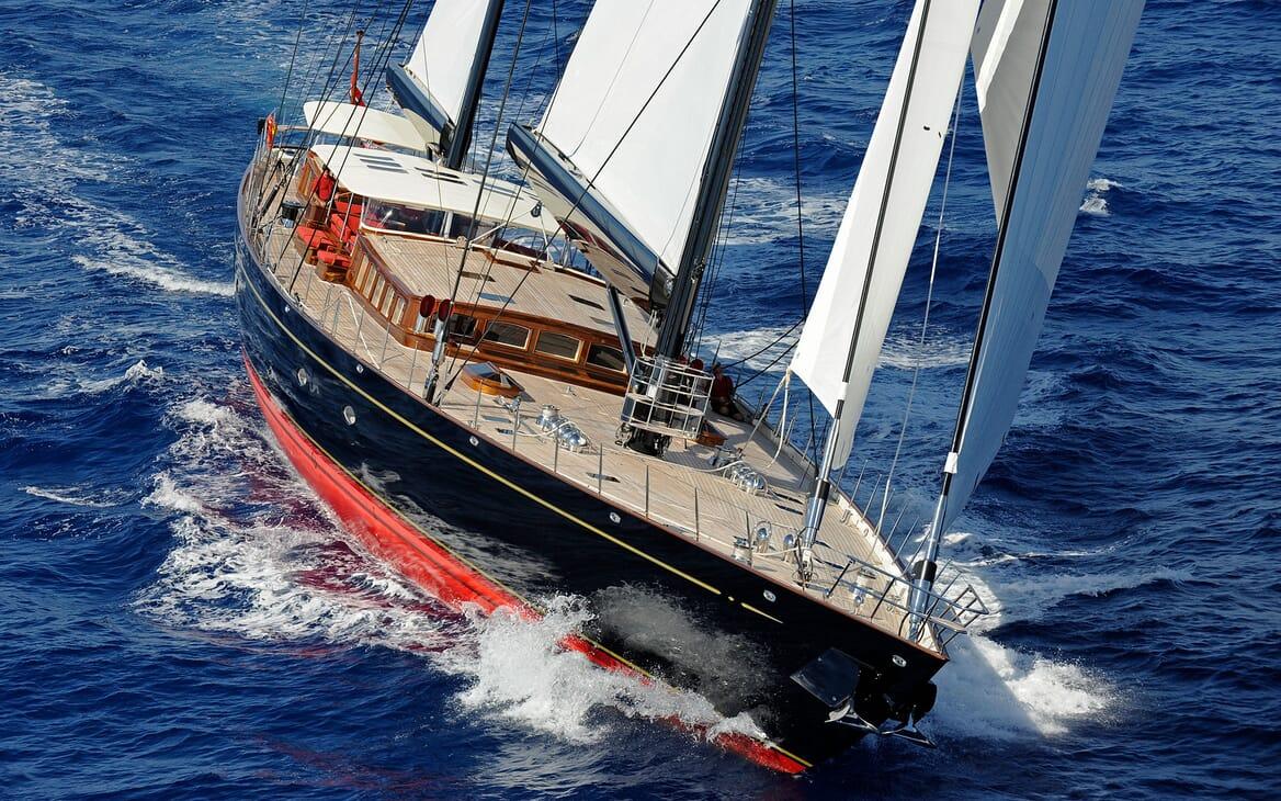 Sailing Yacht MARIE Profile Underway