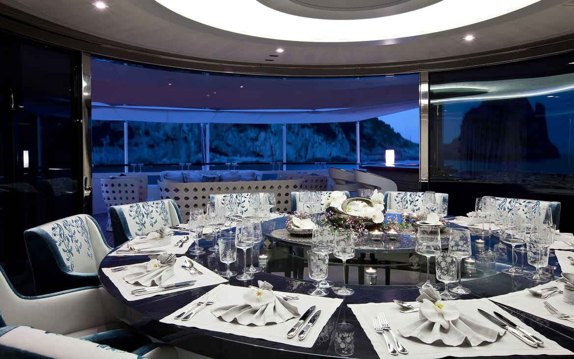 Motor Yacht QUITE ESSENTIAL Dinner Set Up