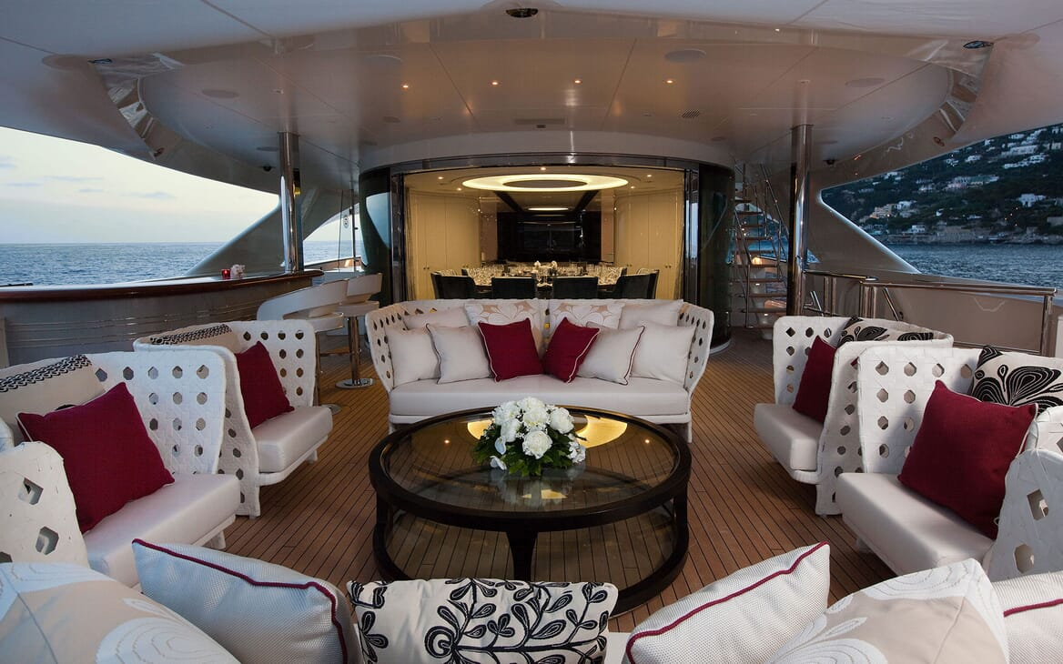 Motor Yacht QUITE ESSENTIAL Aft Deck Seating