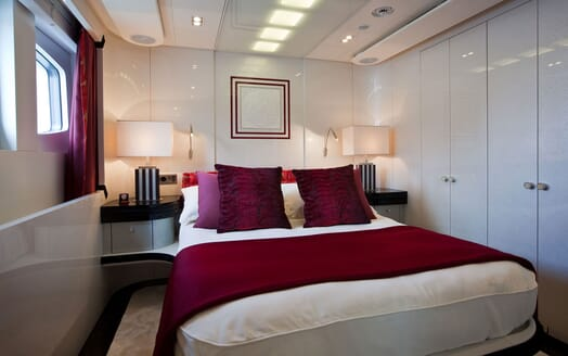 Motor Yacht QUITE ESSENTIAL Double Guest Stateroom
