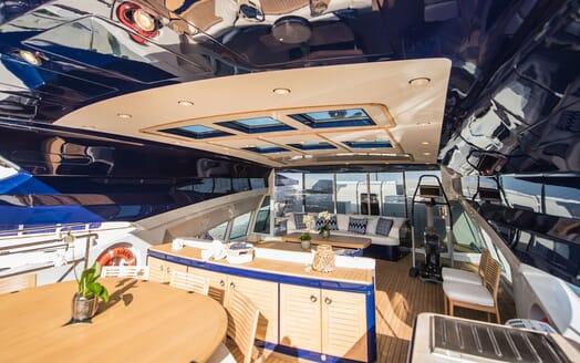 Motor Yacht Siren Sun Deck Table