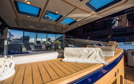 Motor Yacht Siren Sun Deck Towel