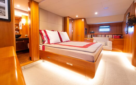 Sailing Yacht SILVERTIP Master Stateroom