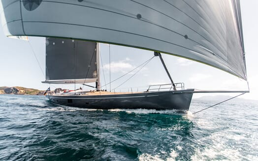 Sailing Yacht SILVERTIP Bow Underway