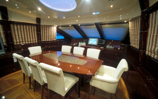 Motor Yacht SUPERBA 88 Dining Table 2