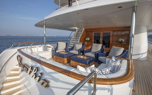 Motor Yacht CYNTHIA Aft Deck