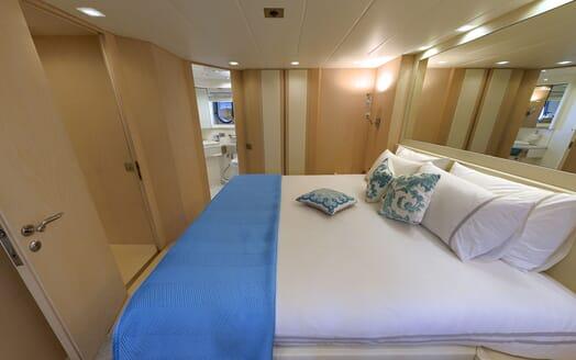 Motor Yacht Tuscan Sun twin cabin