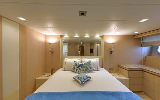 Motor Yacht Tuscan Sun twin stateroom