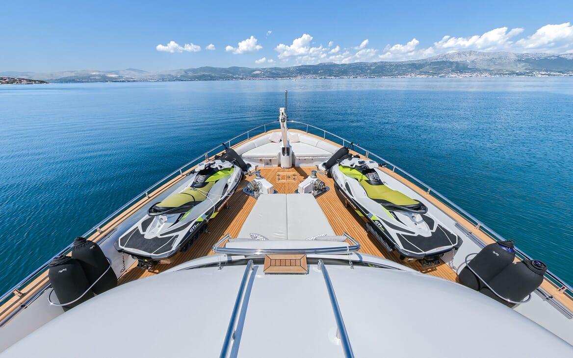 Motor Yacht Tuscan Sunaft shot