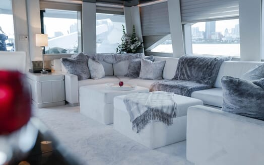 Motor Yachts INVISION Main Saloon Sofa