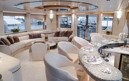 Motor Yachts INVISION Main Deck Saloon