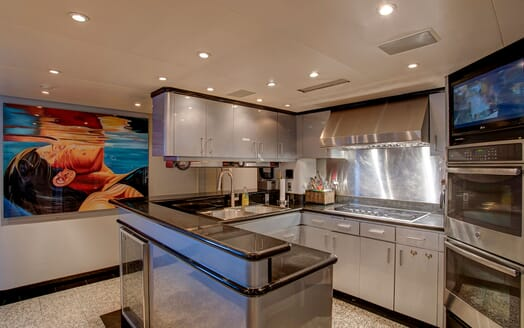 Motor Yachts INVISION Galley