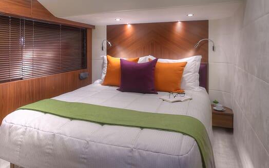 Motor Yacht Samakanda guest cabin