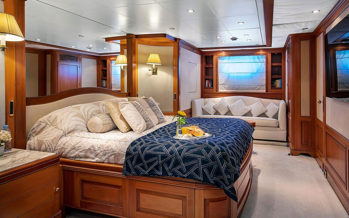 Motor Yacht NEW STAR VIP Double Stateroom