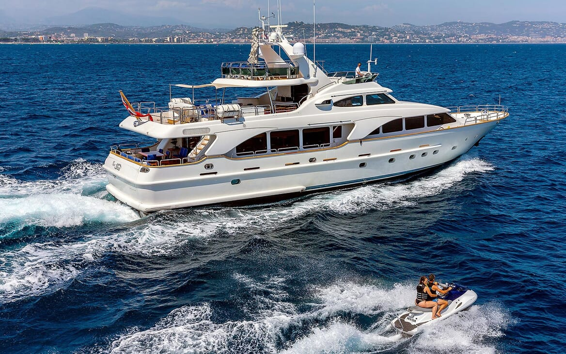 Motor Yacht NEW STAR Exterior Underway with Jetski