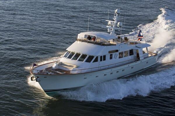 Motor Yacht Tumblehome running shot