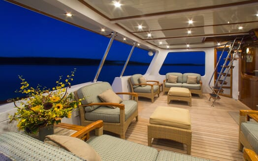 Motor Yacht Tumblehome outside seating area