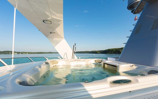 Motor yacht Minderella jacuzzi with seaviews