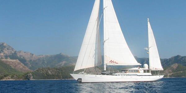 Sailing Yacht Marlyn sailing