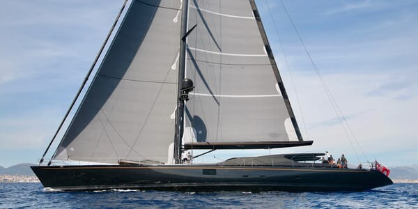 Sailing Yacht Zalmon sailing