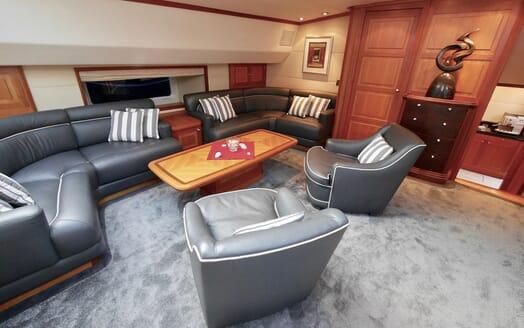 Sailing Yacht Zalmon salon