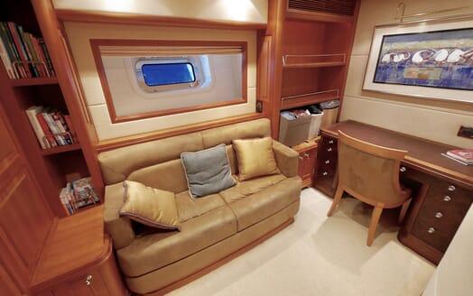 Sailing Yacht Zalmon seating area