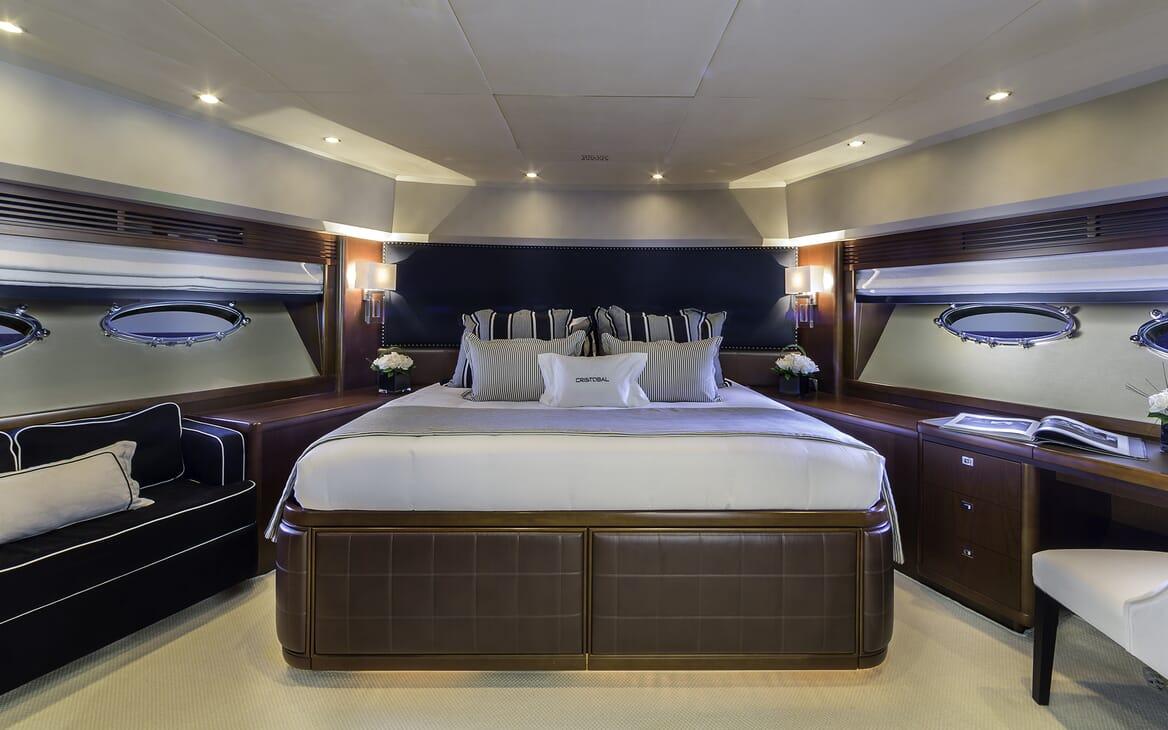 Motor Yacht Cristobal VIP cabin