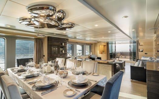 Motor Yacht Edesia VIP cabin