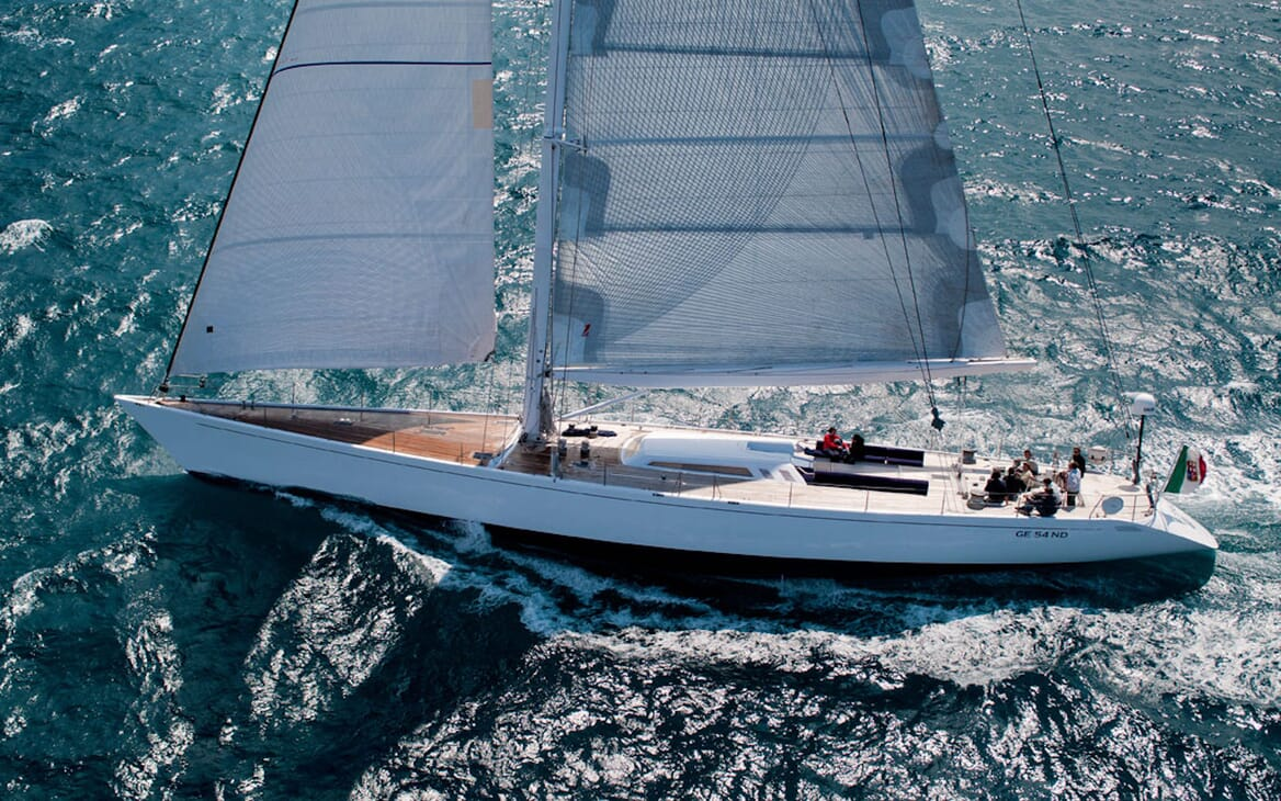 Sailing Yacht Adesso sailing