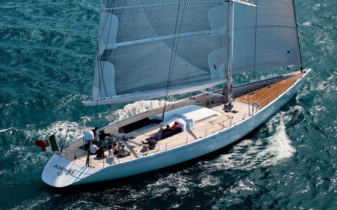 Sailing Yacht Adesso cruising