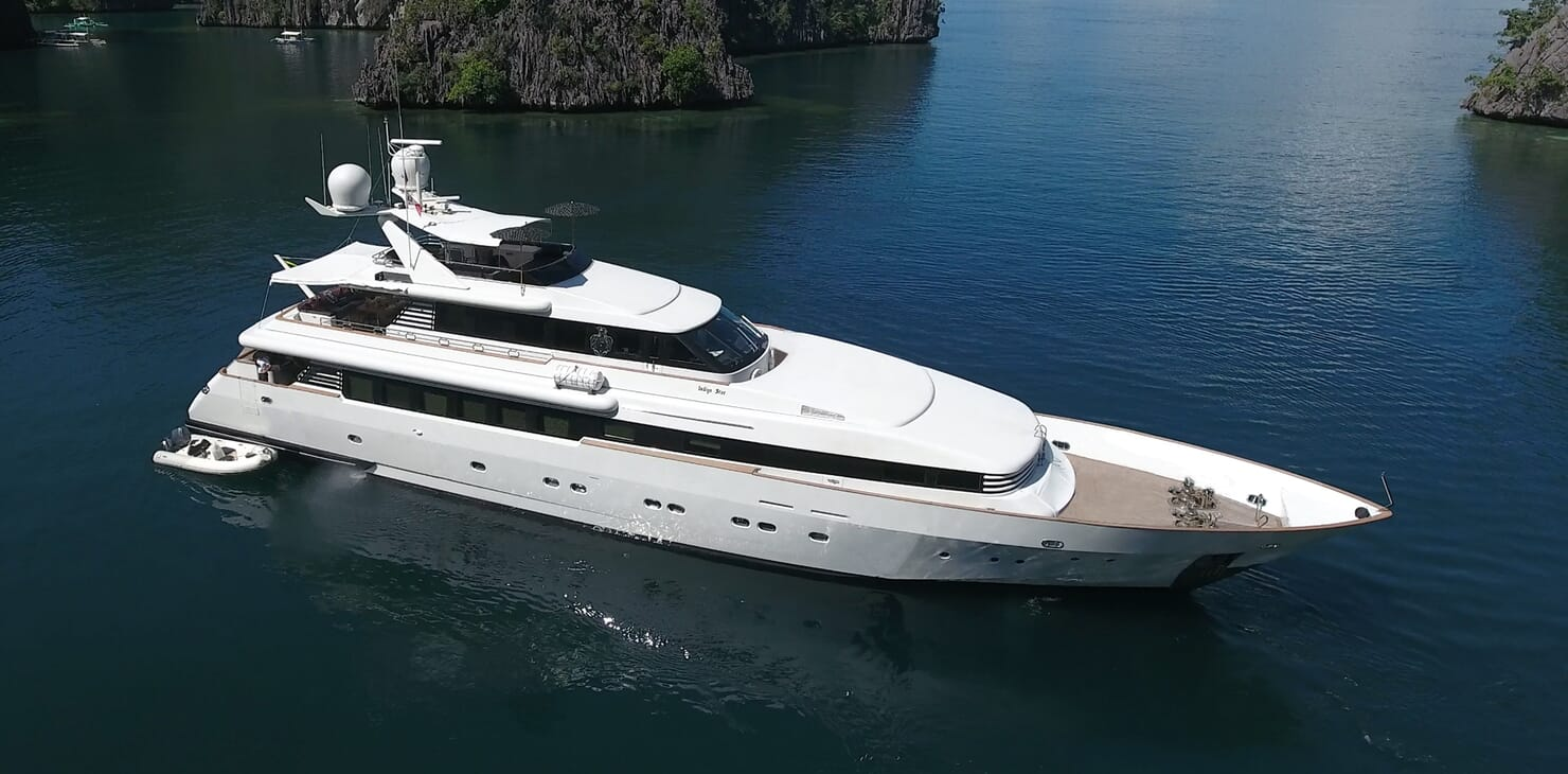 Motor Yacht Indigo Star I Aerail Profile