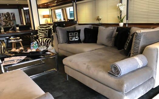 Motor Yacht Indigo Star I Lower Deck Saloon 2