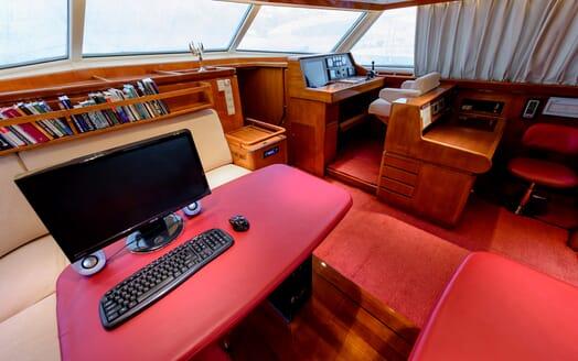 Sailing Yacht Scorpius study