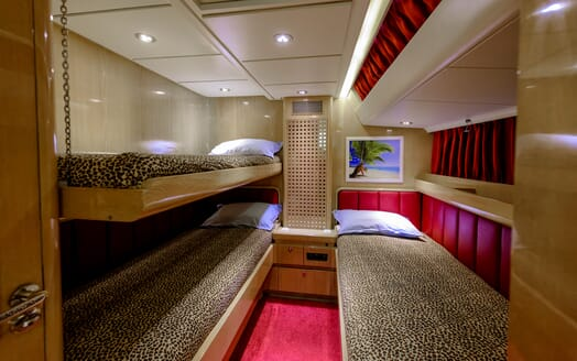 Sailing Yacht Scorpius guest cabin