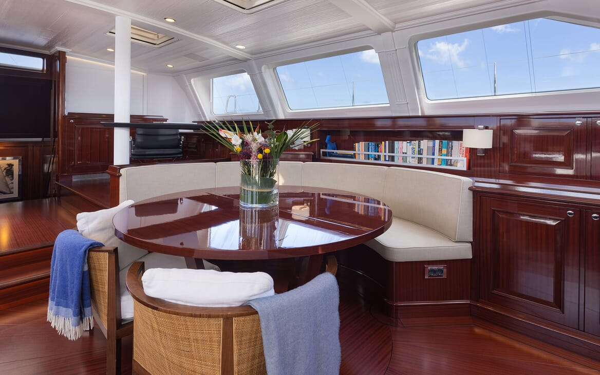Sailing Yacht Cavallo guest cabin