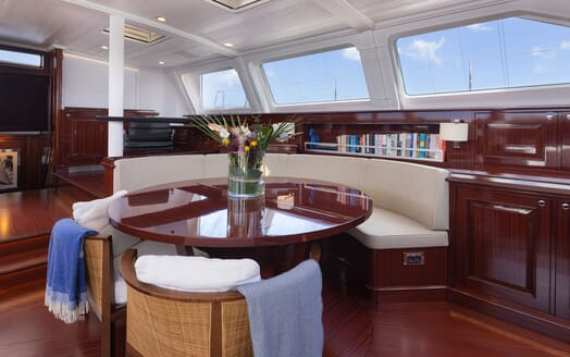 Sailing Yacht Cavallo guest cabin