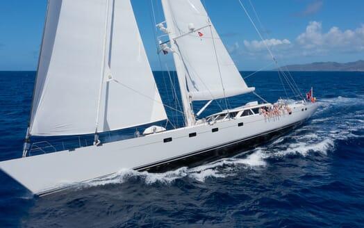 Sailing Yacht Cavallo toys